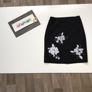 Loft Black Skirt Floral Patterns Size 2